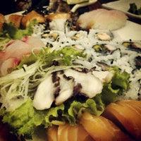Foto tirada no(a) Flying Sushi por Marcel S. em 6/22/2012