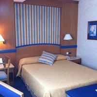 Photo taken at Hotel Gran Versalles by Nastasiya O. on 8/26/2012