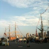 Foto tirada no(a) Charlestown Navy Yard por Jess H. em 7/4/2012