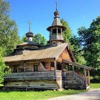 Das Foto wurde bei Музей деревянного зодчества «Витославлицы» von Петр С. am 6/10/2012 aufgenommen