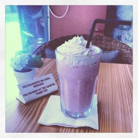 Photo taken at The Traveller Caffé by Daniel P. on 8/19/2012