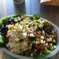 Photo taken at Chipotle Mexican Grill by Allegra Z. on 8/12/2012