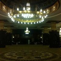 Photo taken at جامع القفاري by حمود on 8/10/2012