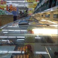7/25/2012 tarihinde Ronny S.ziyaretçi tarafından Carrefour'de çekilen fotoğraf