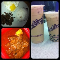 Photo taken at Chatime by Ica L. on 8/10/2012