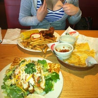 Photo taken at Chili's Grill & Bar by Lydia C. on 2/27/2012