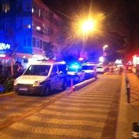 8/12/2012 tarihinde Kadir A.ziyaretçi tarafından Caddebostan Barlar Sokağı'de çekilen fotoğraf
