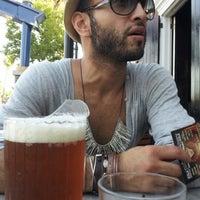 8/11/2012にMatthew D.がBourbon Street Bar & Grillで撮った写真