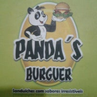 Photo taken at Panda's Burguer by Renata L. on 9/13/2012