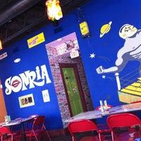 Foto scattata a Tacos A Go-Go da Gabriella il 9/7/2012