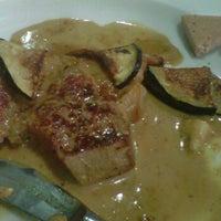 Photo taken at Restaurante El Vinagrero by Maria Bernad on 8/29/2012
