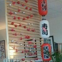 Photo prise au Domo Sushi par Arnaldo R. le3/7/2012