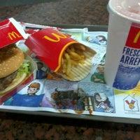 8/31/2012 tarihinde Mariana B.ziyaretçi tarafından Shopping Unigranrio'de çekilen fotoğraf