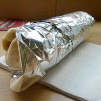Foto tirada no(a) Pancho's Burritos por Marc H. em 8/4/2012