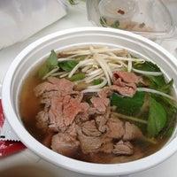 Photo taken at Soup Junkie by kat l. on 8/23/2012
