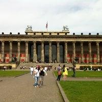 Foto scattata a Altes Museum da Gichan O. il 4/29/2012
