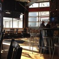 6/7/2012에 Eric A.님이 Miracle of Science Bar & Grill에서 찍은 사진