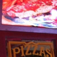 Photo taken at Central de Pizzas Polanco by Alejandro A. on 8/18/2012