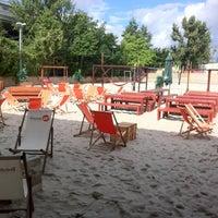 Das Foto wurde bei beach38° von Manuel C. am 8/26/2012 aufgenommen
