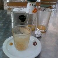 Foto tomada en Cafenet del Segó por Inés C. el 6/18/2012