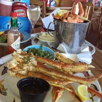 Photo taken at Crabby Bill's Clearwater Beach by First Class Fashionista on 9/7/2012