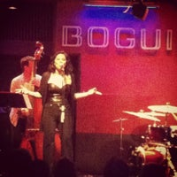 Photo taken at Bogui Jazz by Azucena A. on 4/28/2012