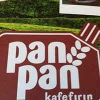 6/28/2012 tarihinde LazAli53ziyaretçi tarafından Pan Pan Cafe & Fırın'de çekilen fotoğraf