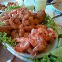 Foto tirada no(a) Doca's Restaurante por Rodrigo S. em 7/22/2012