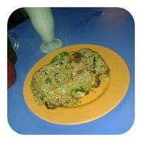 Photo taken at Restoran Mufah Maju by āïē ✈ on 6/27/2012