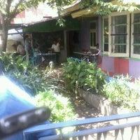 Photo taken at Mr. Awur Coffee Kacang Ijo by Em D. on 2/10/2012