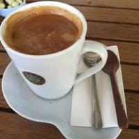 9/10/2012 tarihinde Beste S.ziyaretçi tarafından Kahve Dünyası'de çekilen fotoğraf