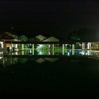 Das Foto wurde bei Costa Sands Resort (Pasir Ris) von Carlo C. am 8/24/2012 aufgenommen