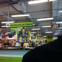 Photo taken at Carrefour Bairro by Raffael P. on 3/21/2012