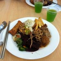 Foto tirada no(a) Formosa Restaurante Vegetariano por Liana G. em 3/18/2012