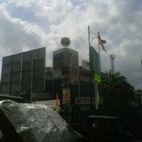 Photo taken at Perempatan Sri Ratu by Agung B. on 8/30/2012