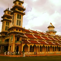 Photo taken at Cao Dai Holy See by Jzyjjx R. on 5/8/2012