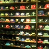 Foto tirada no(a) BP Shop por Mio em 7/18/2012