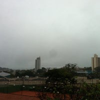 Foto tirada no(a) Choperia Clube De Tenis Catanduva por Rafael M. em 6/8/2012