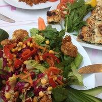 6/13/2012 tarihinde Hasan A.ziyaretçi tarafından Bornova Elit Restaurant'de çekilen fotoğraf