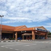 Das Foto wurde bei Tanah Merah Ferry Terminal von Sang Hun K. am 4/23/2012 aufgenommen