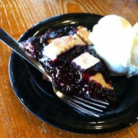 Photo taken at Homemade Ice Cream and Pie Kitchen by Roderick C. on 3/30/2012