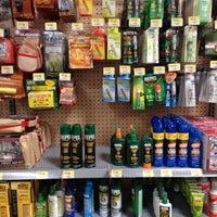 Foto scattata a Walmart Supercenter da Steven K. il 8/4/2012