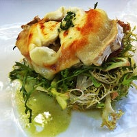Photo taken at Bodega Restaurant by jade on 8/22/2012