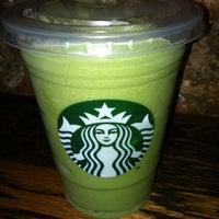 Photo prise au Starbucks par John W. le8/25/2012