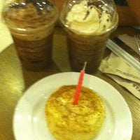 Photo taken at Starbucks Coffee by Angelbai 바. on 5/6/2012