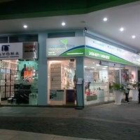 Foto tirada no(a) Shopping Millennium por Fernanda L. em 8/7/2012