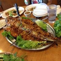 Foto scattata a Phuong Trang Vietnamese da Roger M. il 2/24/2012