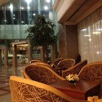 Photo taken at Royal Benja Hotel by จัตุพร ท. on 7/28/2012