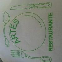 Foto tirada no(a) Restaurante das Artes por Guilherme S. em 7/5/2012