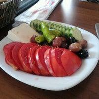 7/28/2012 tarihinde Emrah T.ziyaretçi tarafından Fiskos Kahvaltı Cafe'de çekilen fotoğraf